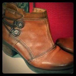 Gorgeous Pikolinos Boots sz 37